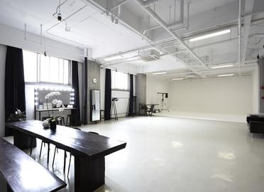 E3 STUDIO