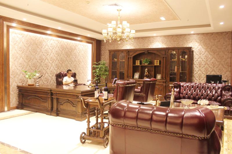 高端美式总裁办公室图片
